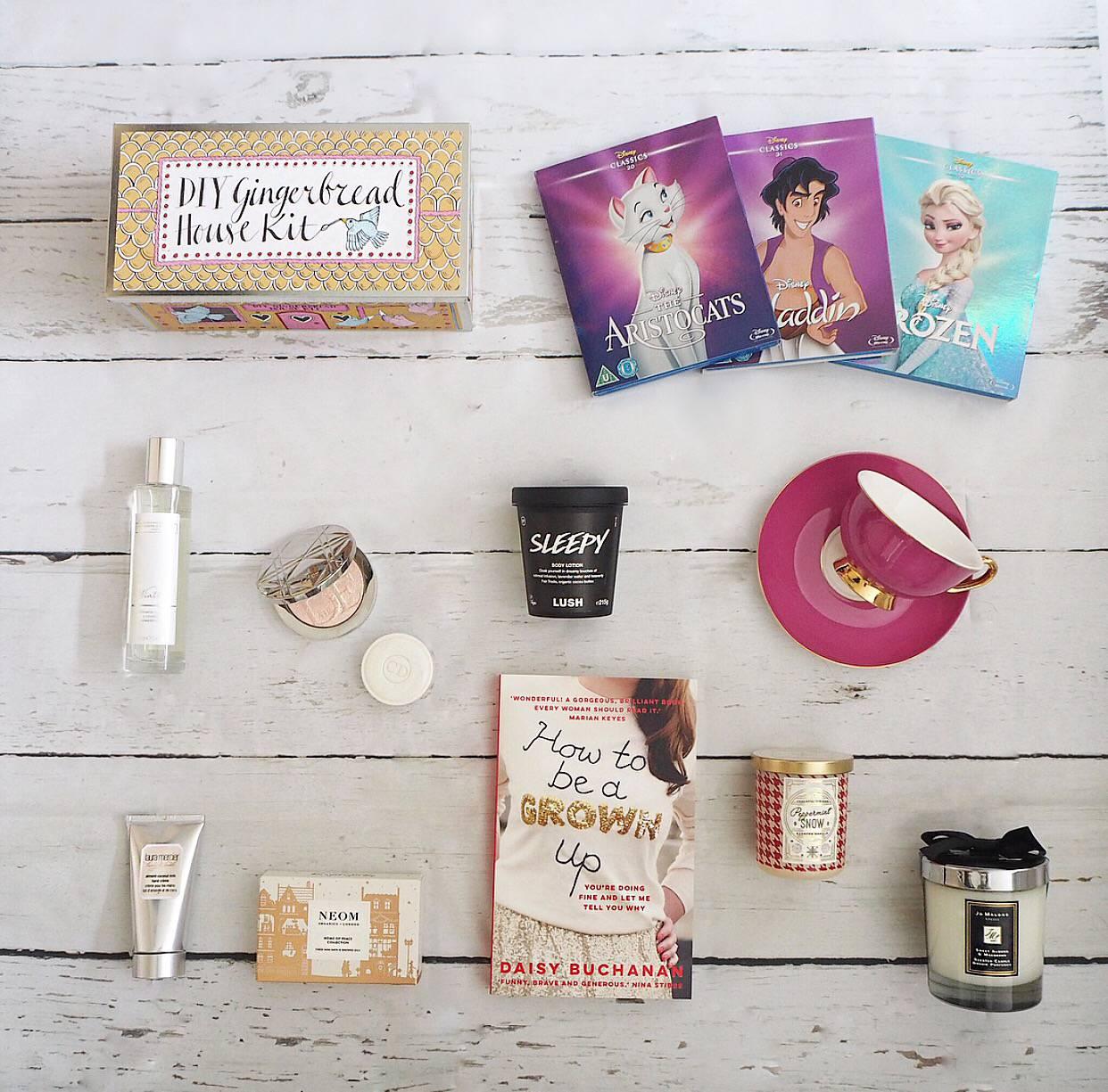 Christmas Gift Guide 2018.Gifts For The Girly Girl Christmas Gift Guide 2017